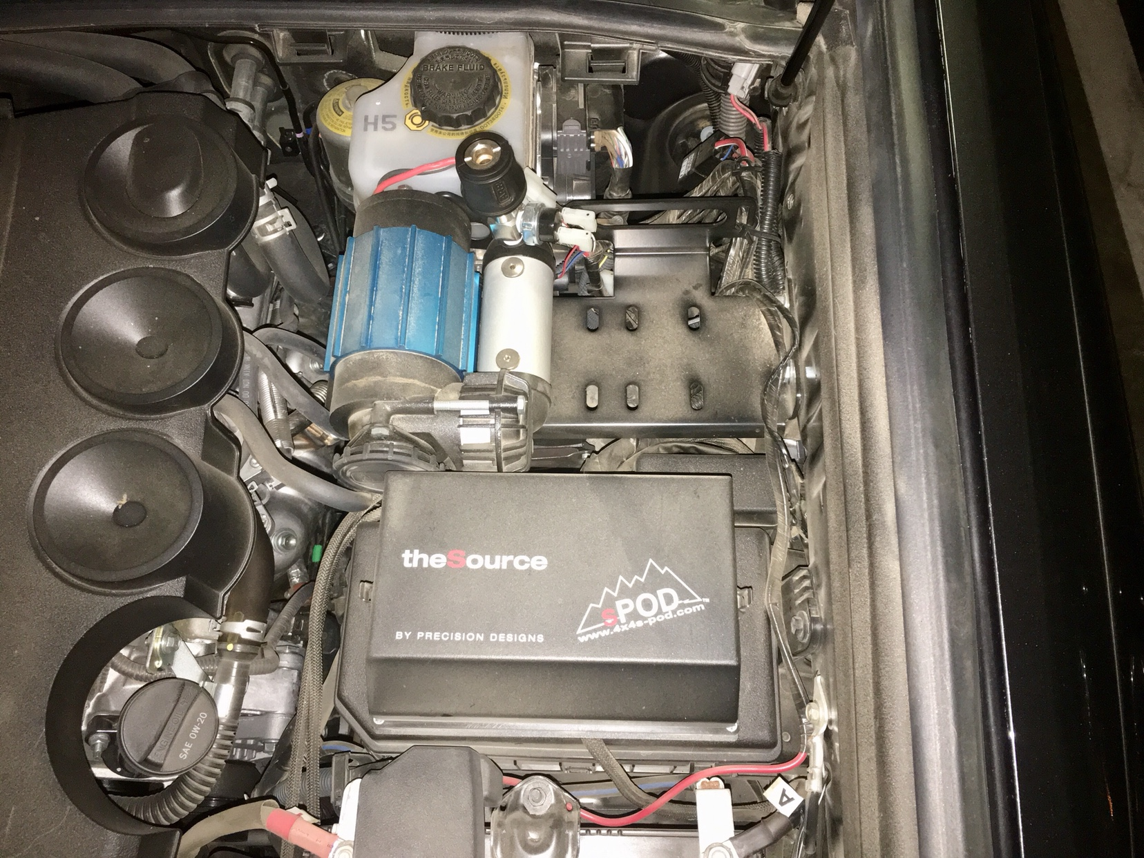 Beginner Working On A New Trd Pro Compressor Spod Dual Battery Off Road Fuse Box The Is Mounted To Lid Of Air Mount From Slee Offroad It Works With Single Or Twin This Will Leave You Room