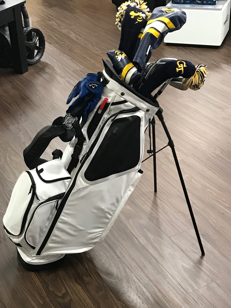 c9e72182f12 Got my new blank 2018 Hoofer in today. Went with all white this time for a  clean look. Overall not a lot of differences in 2018 and the 2016-2017 bags.