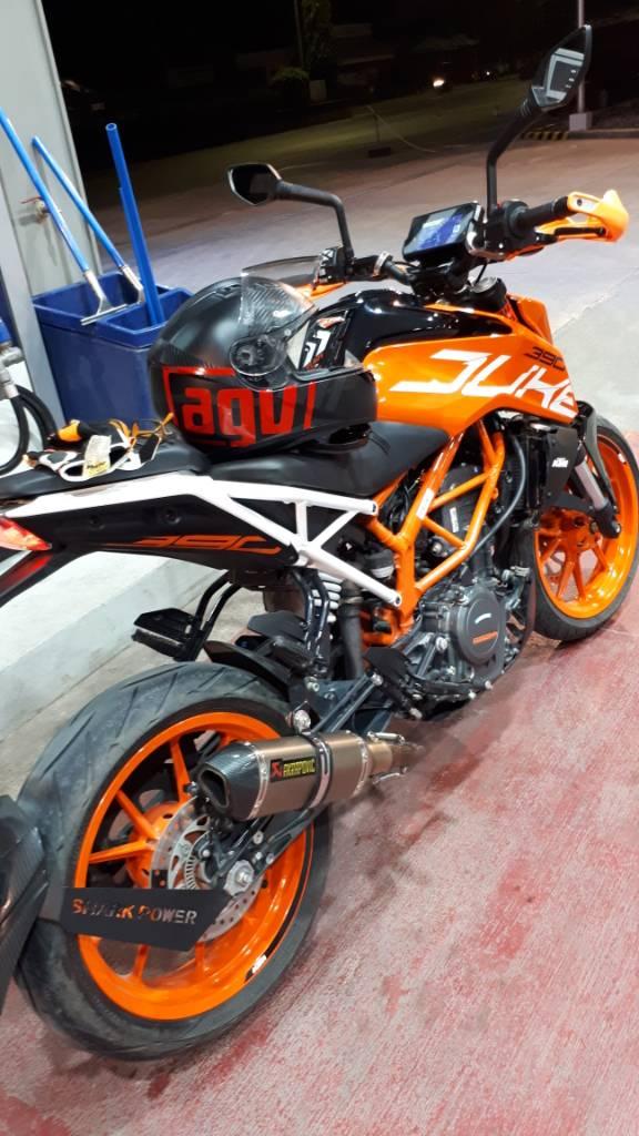 New saddle bags on KTM 390 duke : MotorcycleLogistics