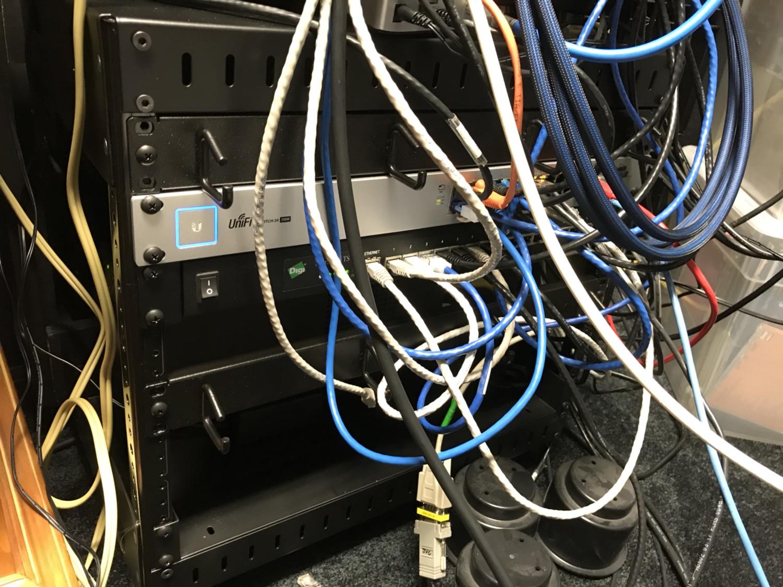 Ubiquiti US-24-250w fan noise? | IP Cam Talk