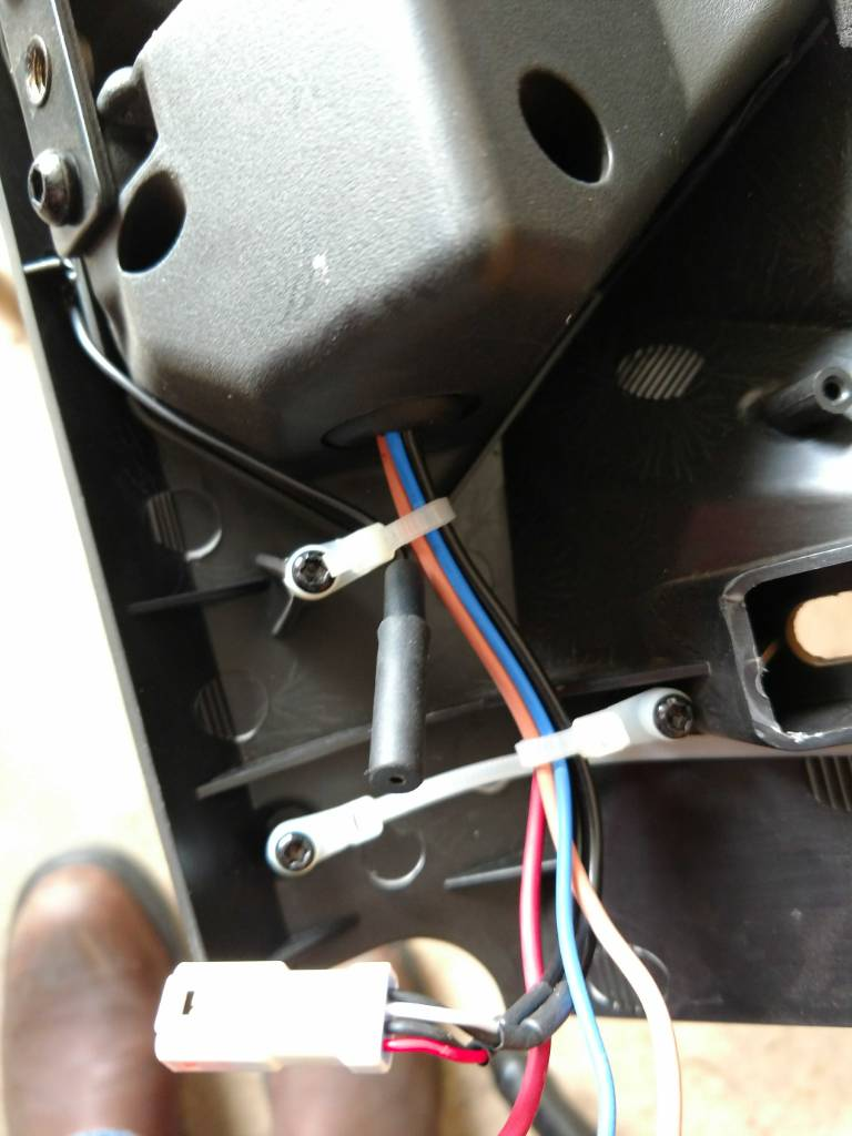 Wires To Rc Speakers