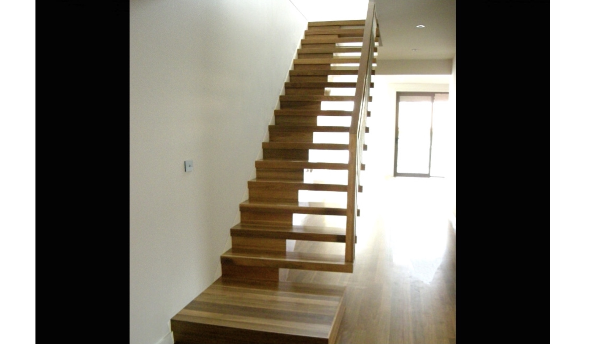 Open vs closed staircases - which ones better?