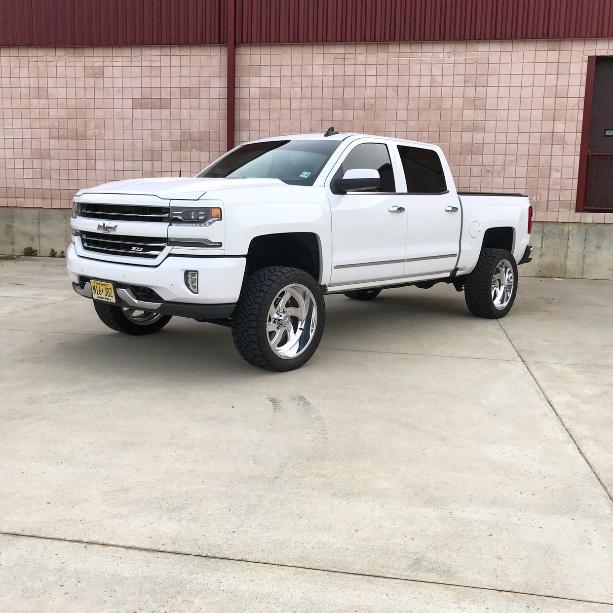 Trying to decide between 4 different lifts, 2016 GMC Sierra, Zone 4.5, Zone 6.5, RC 5in, Fabtech ...