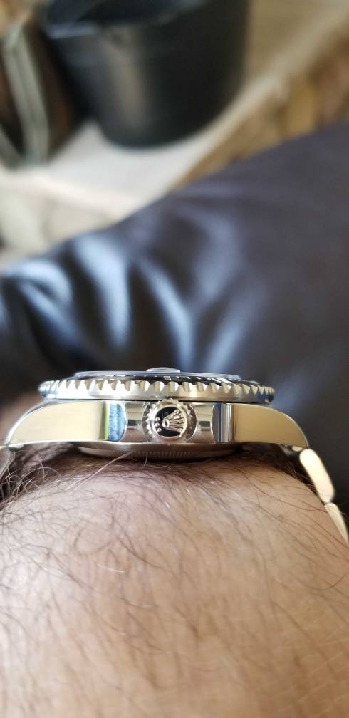 How does the Crown lineup on your crown? , Rolex Forums