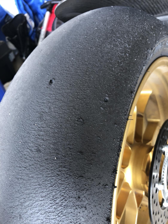 Bridgestone V02