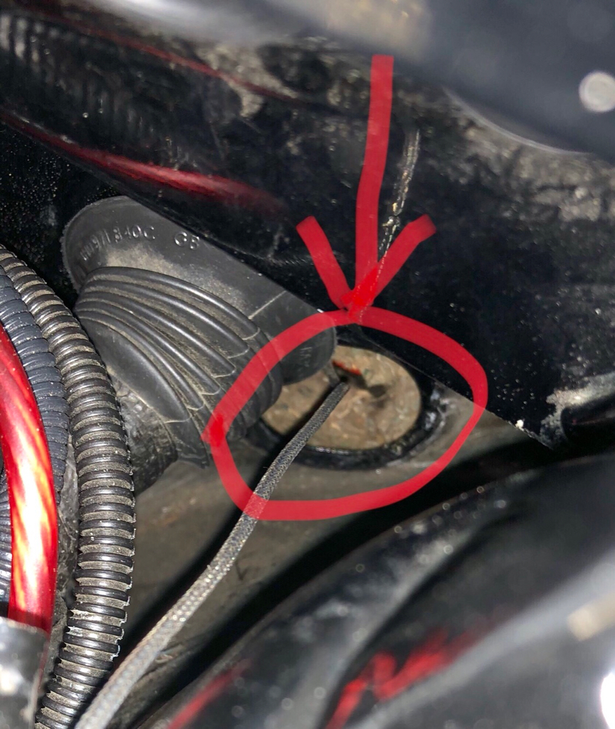 Vwvortexcom Looking For An Oem Wiring Harness Grommet Or Oval Plug Automotive Grommets Another Location Purposes The Hole Is Behind Strut Tower Housing In This One