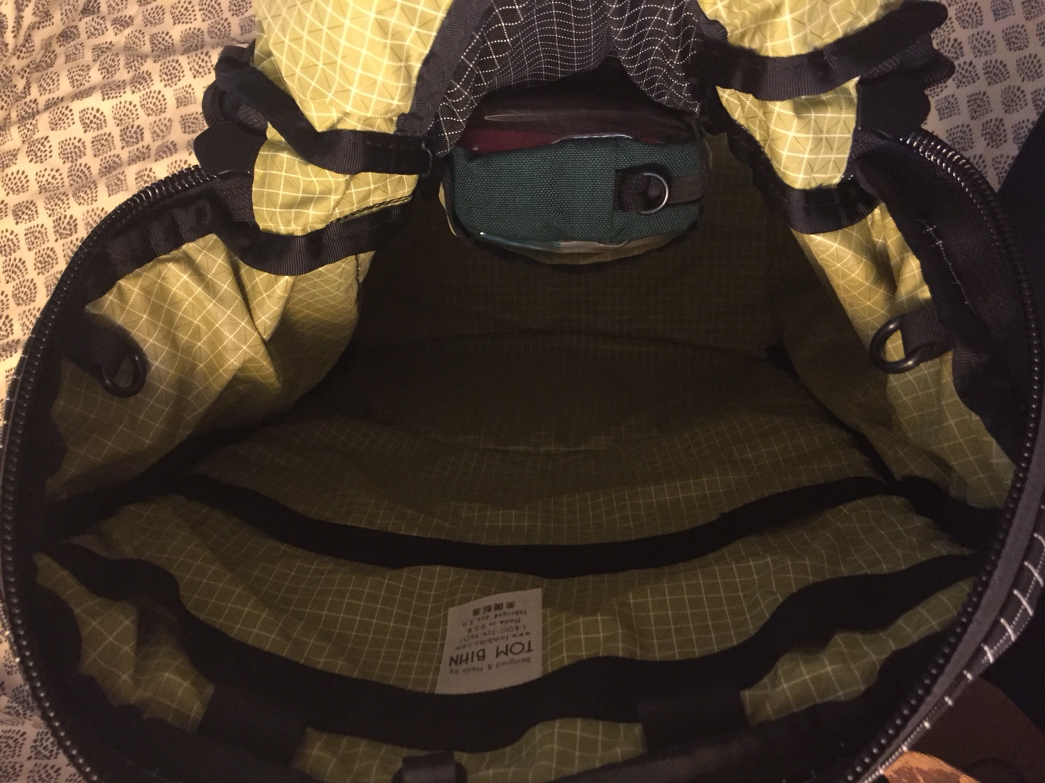 12b68c9db2 Share Your Bag Hacks Creative Uses  Archive  - TOM BIHN Forums