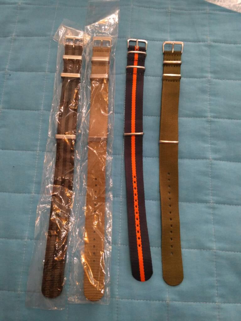 [Vendido] Conjunto de 24 braceletes (aço+pele+Nato) 6e9d2755feecff334a9619a1734de58b