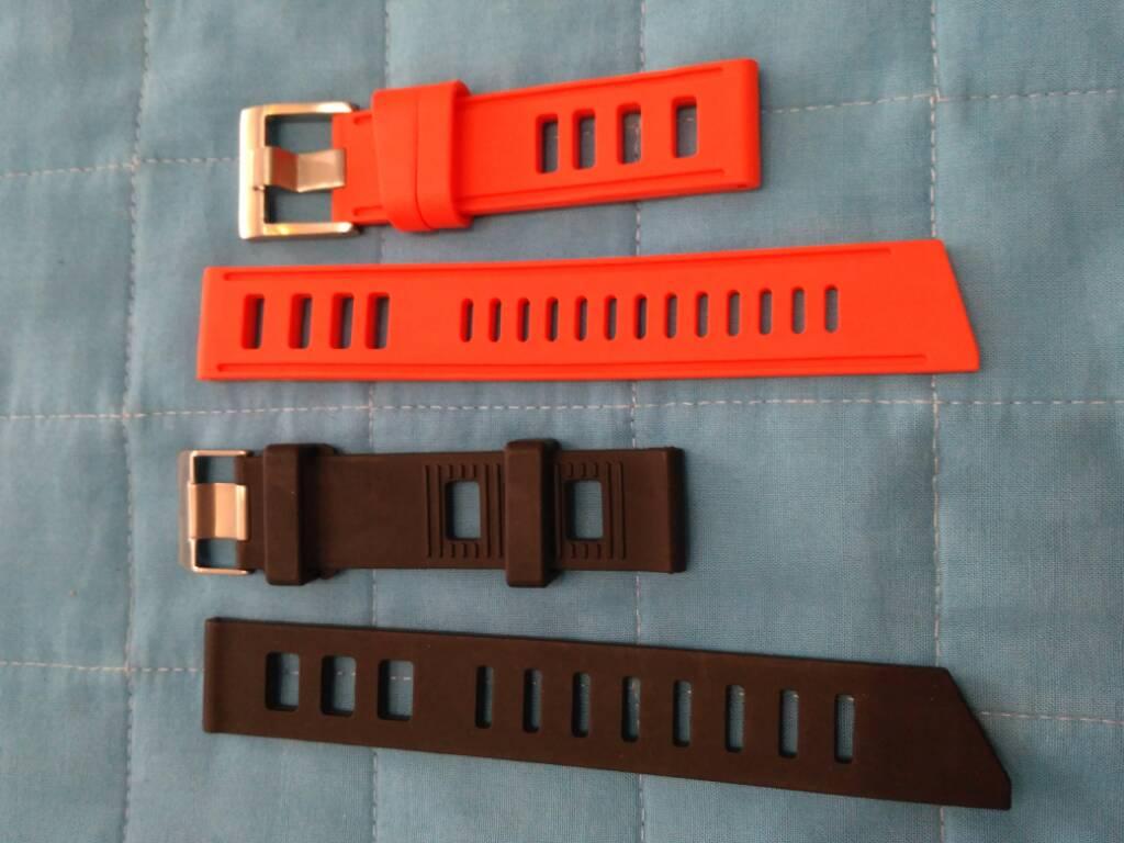 [Vendido] Conjunto de 24 braceletes (aço+pele+Nato) 869593a78b2a503b48539ed3e5042972