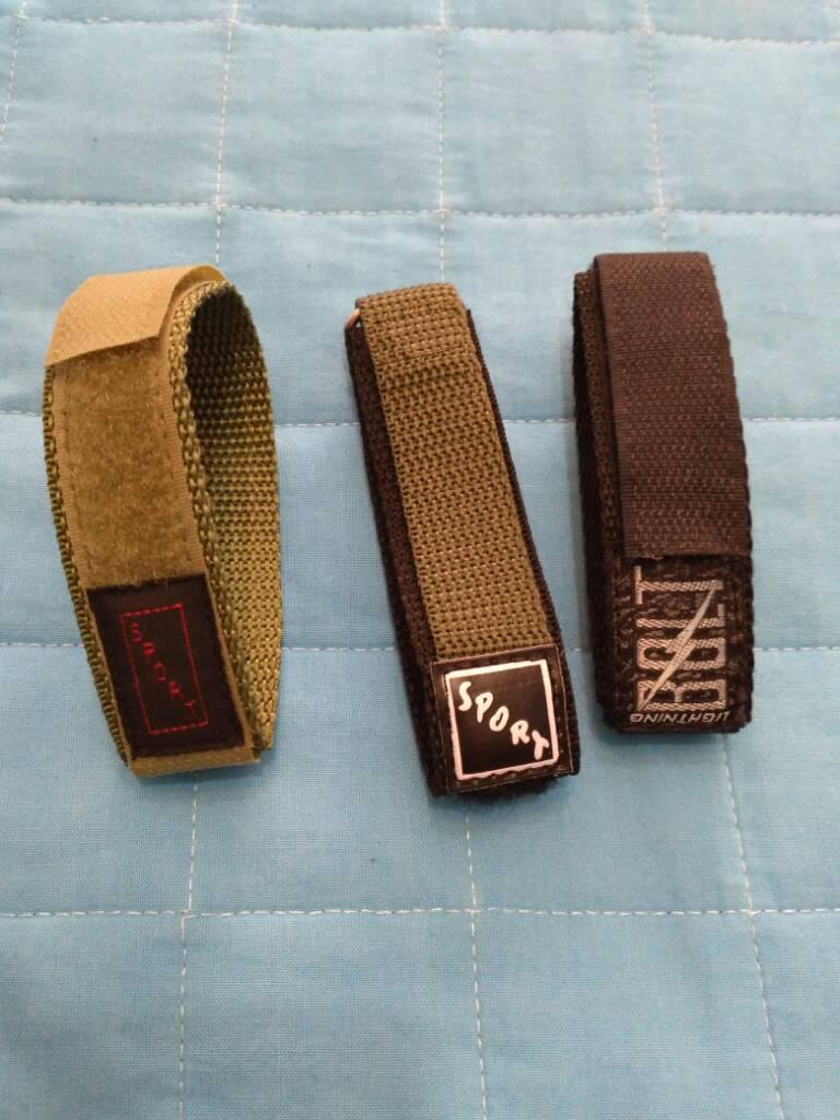 [Vendido] Conjunto de 24 braceletes (aço+pele+Nato) C47e0d0fd41cf869bda597e98e656357