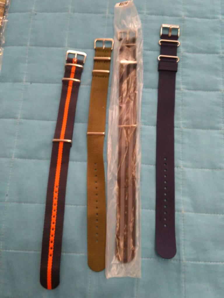 [Vendido] Conjunto de 24 braceletes (aço+pele+Nato) Cb77fc71c2cabb013dca04a5ffdd075d