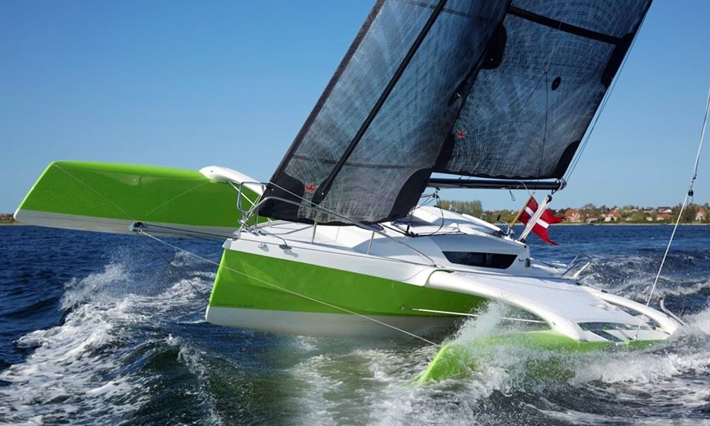 Hobie Forums • View topic - Bigger Trimarans?