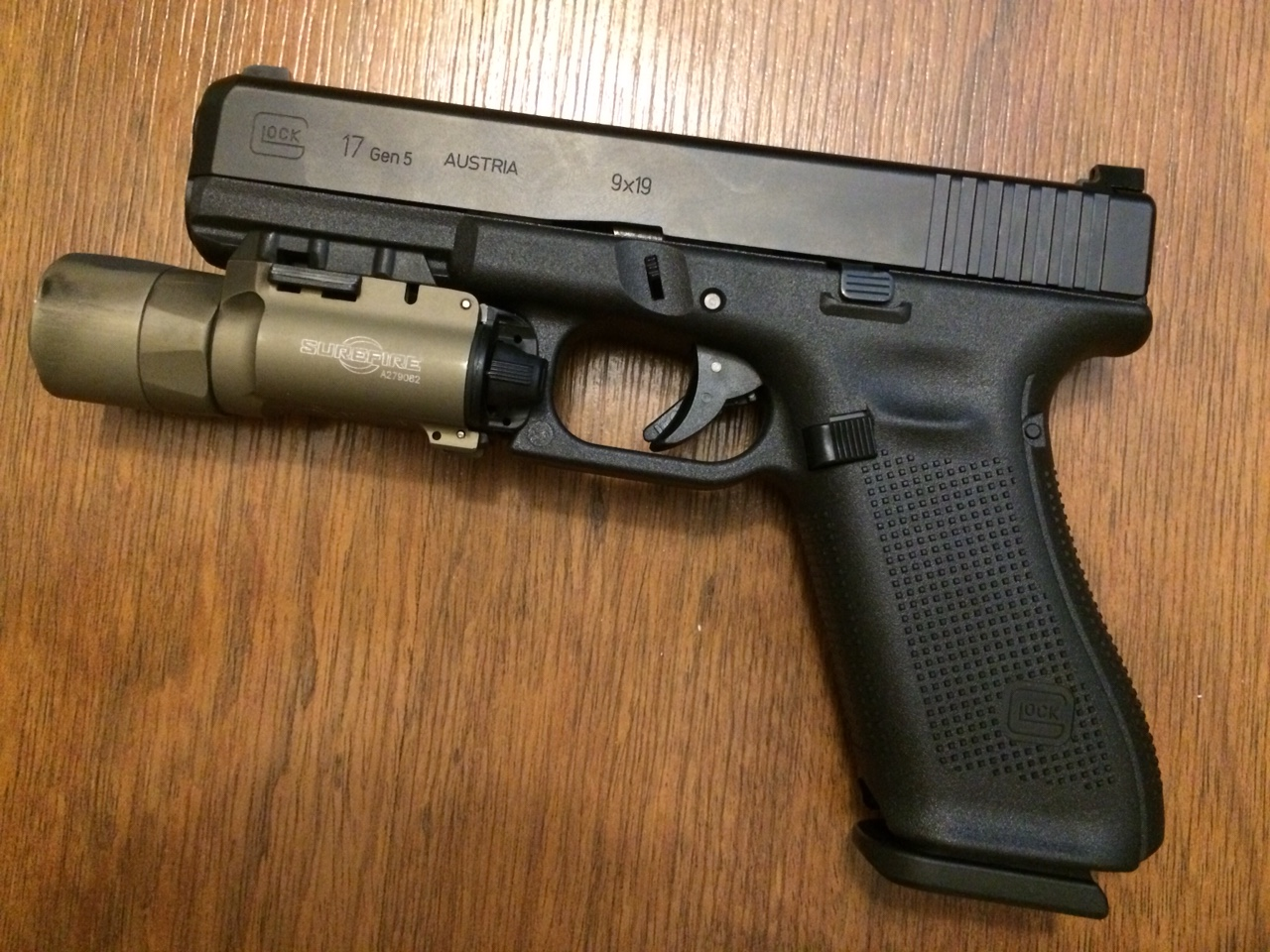 19x vs 17gen5 i picked the 17 the leading glock forum and