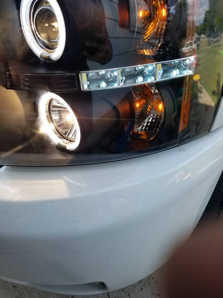 re: how to wire spyder halo/led headlights