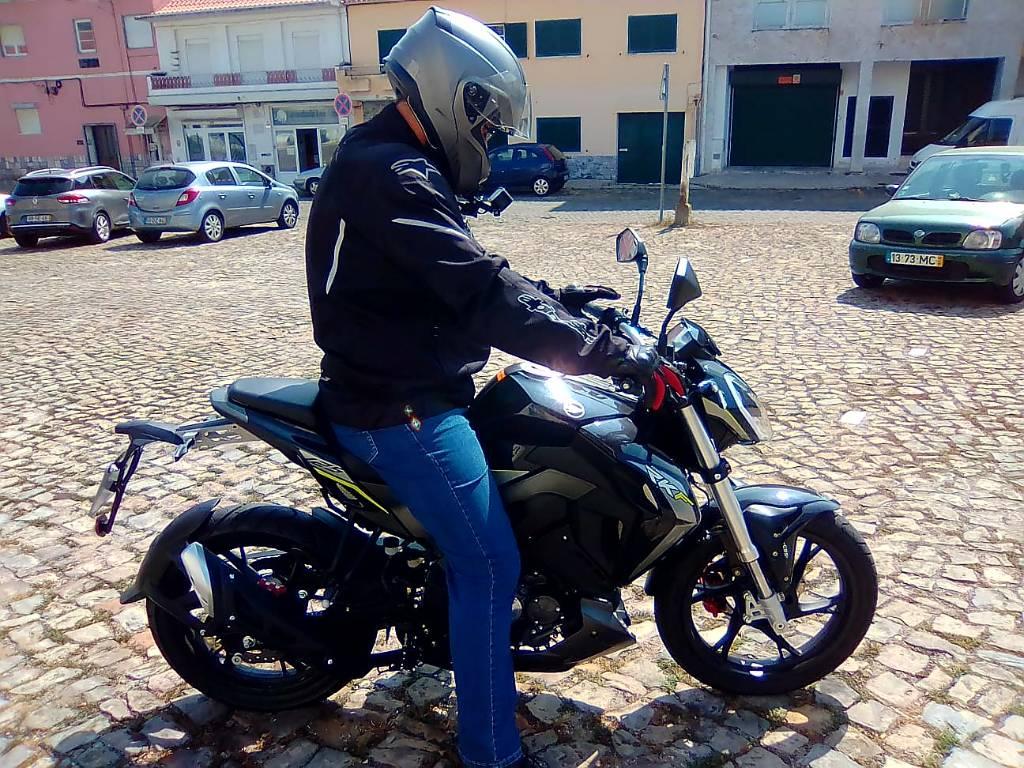 Test Ride Keeway rkf 125