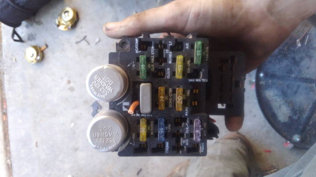 Wtb 89 Grand Wagoneer Fuse Box