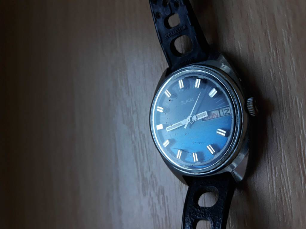 Mechanicke hodinky Slava - Uzavřené - Chronomag fórum 86884362dea