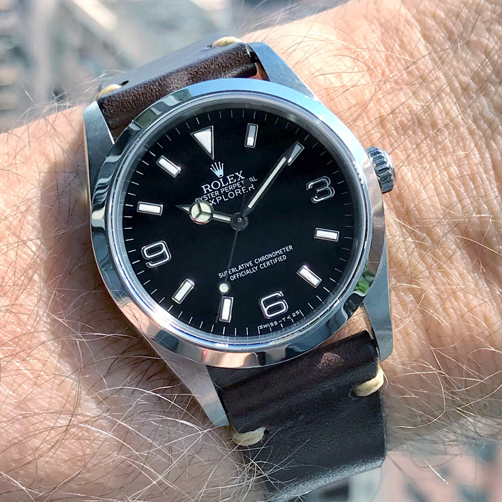 Explorer 14270 Canvas or Leather straps , photos or sources?