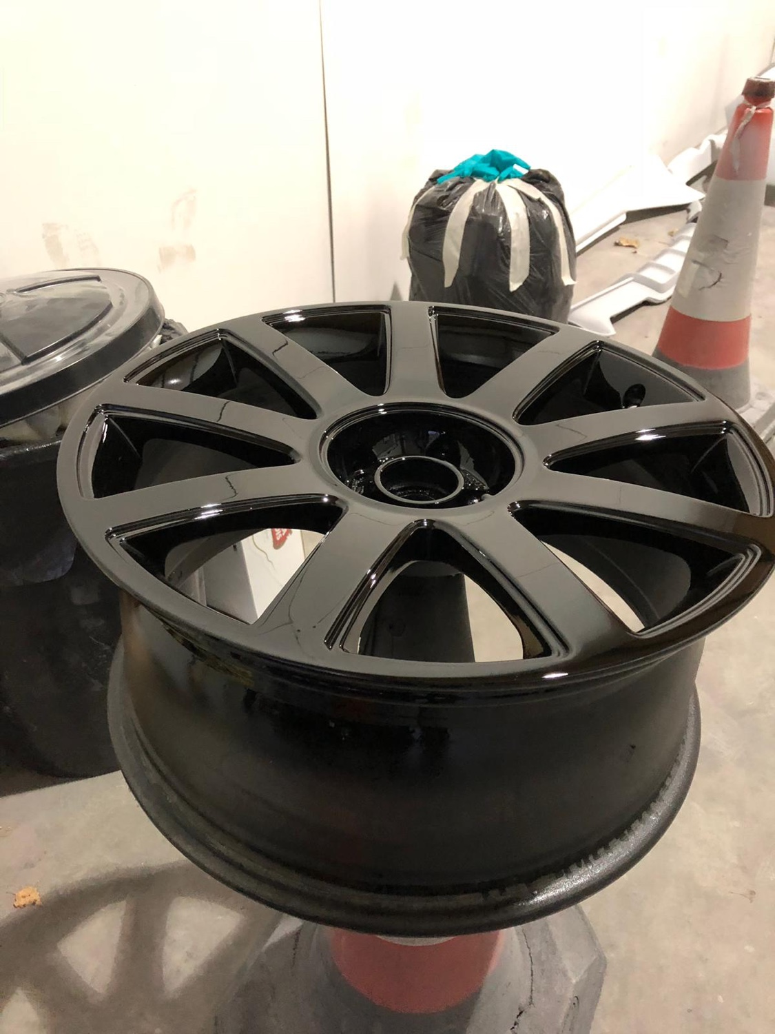 Which is better, powdercoating or painting stock rims