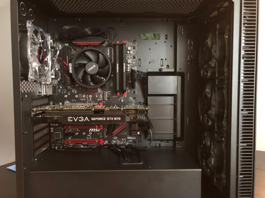 Post Your Desktop II: Multi GPU in 2018? LOL