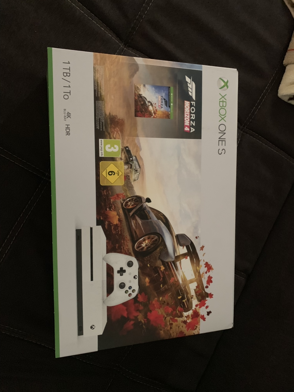 Citaten Weergeven Xbox One : Xbox one hardware xbox one s 1tb 2 weken oud!