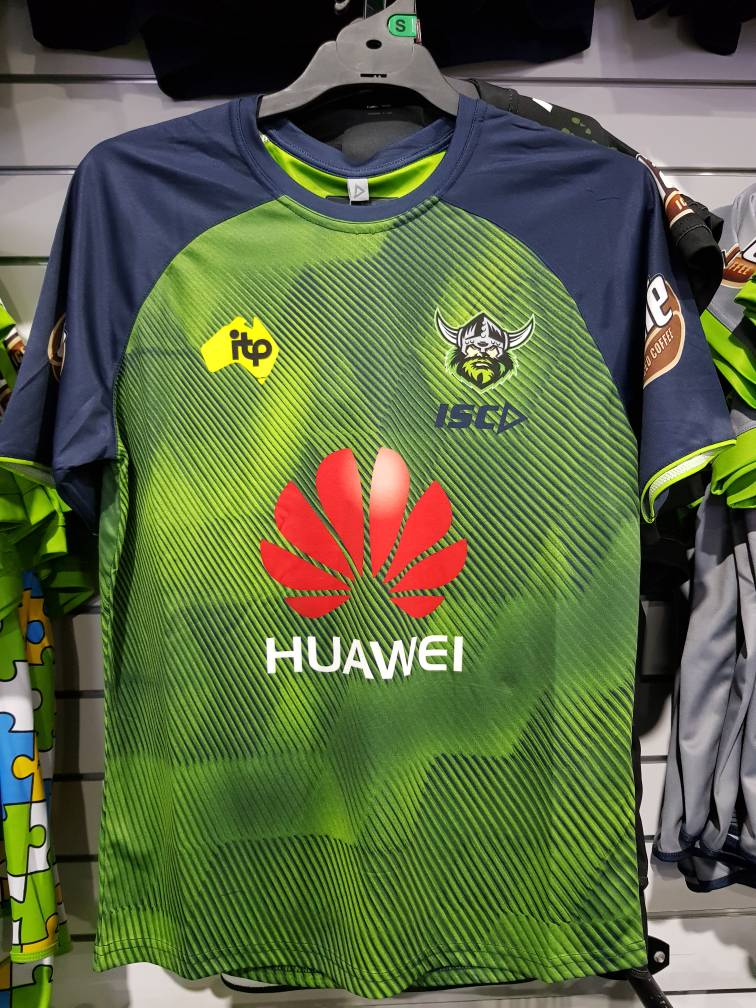 New gear at Jerseys Megastore. Call for orders or go in store. 6ddfdbe60