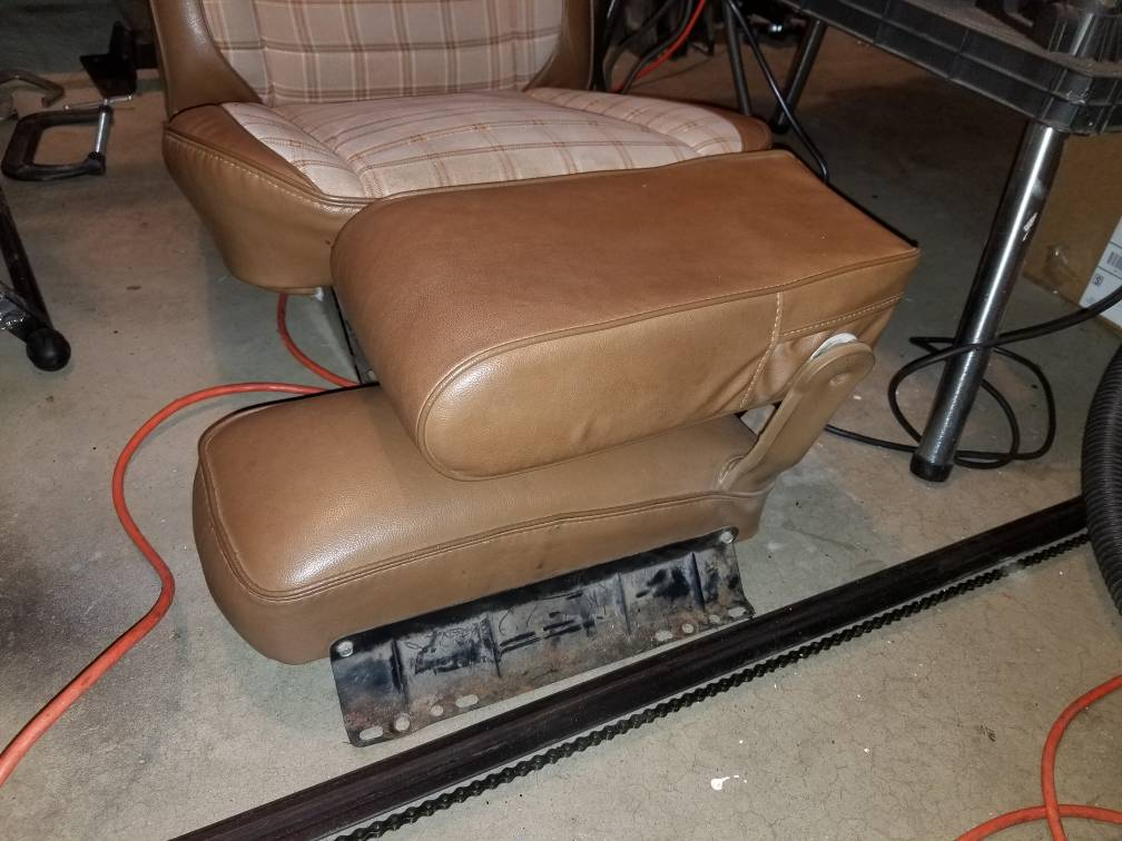77 Wagoneer seats and door panels - Full Size Jeep Network