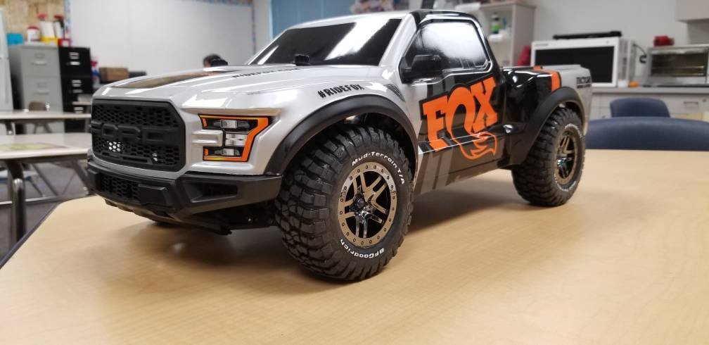 Slash 4x4 with Raptor body?