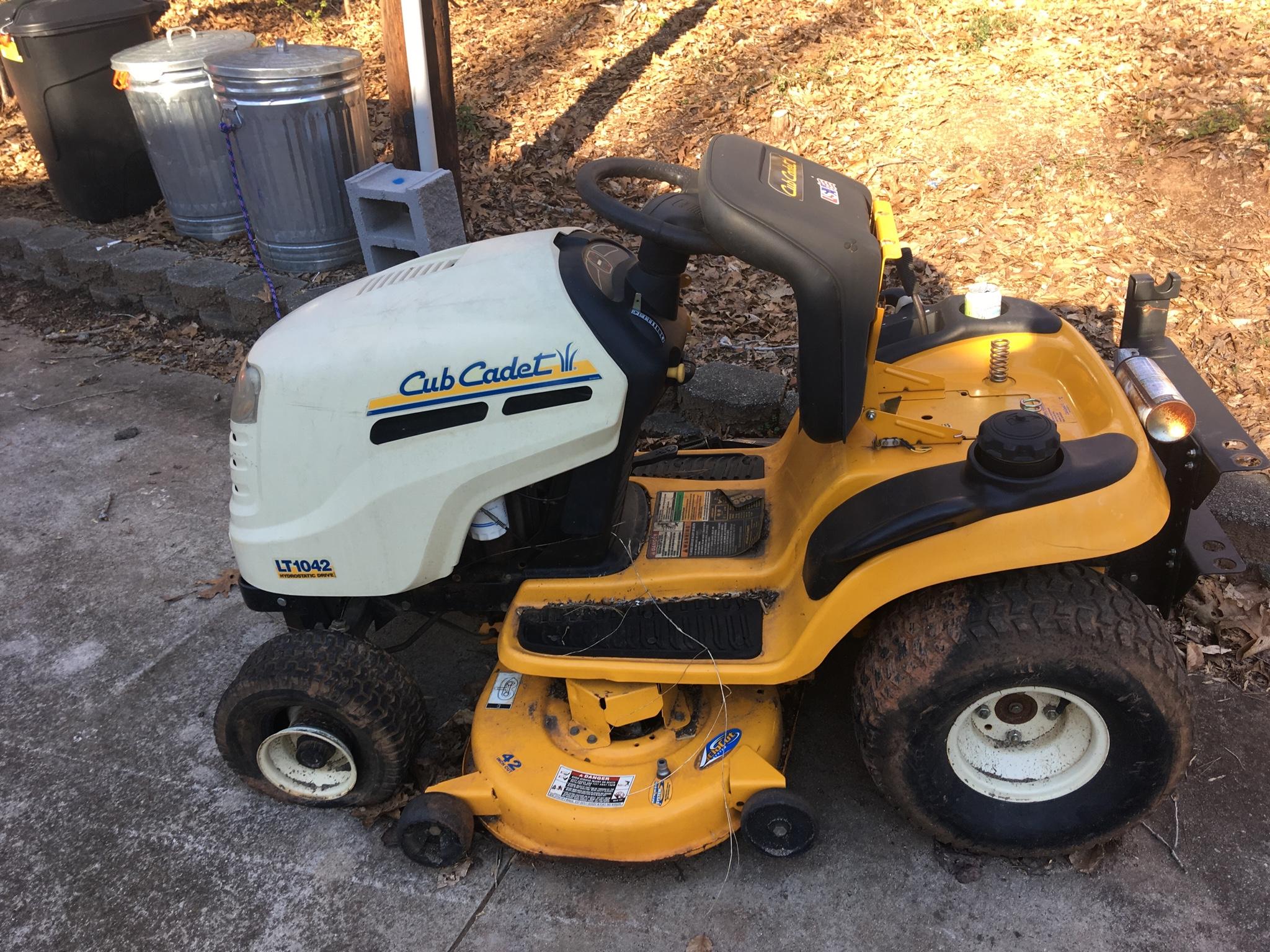 NC/SC - Lawn mower cub cadet lt1042 | CarolinaFirearmsForum
