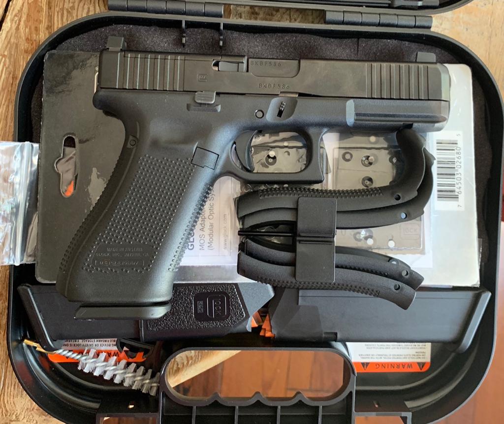 Glock 17 Gen5 MOS FCS LED RMR