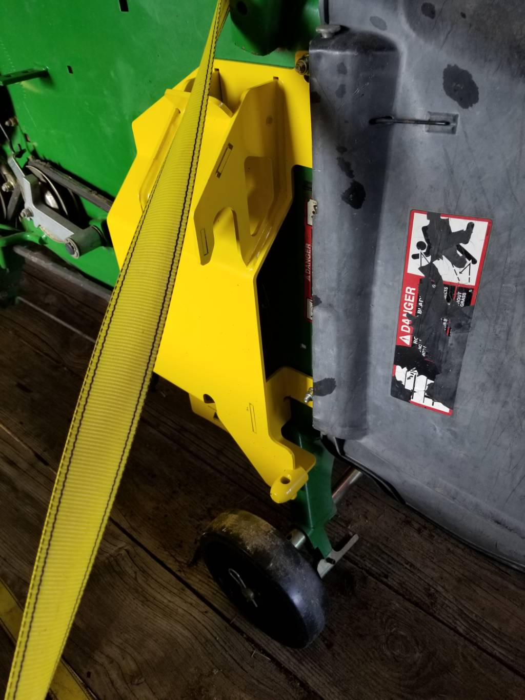 Greenpartstore John Deere Parts And More Parts For >> New John Deere Load N Go Brackets Bxx10241 For 60d 7