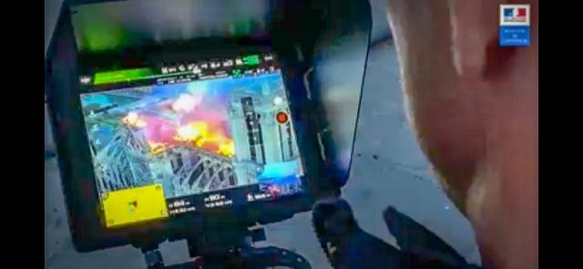 Un frame di un video rilasciato dal governo francese, in cui un operatore pilota un drone DJI. Credits: cnn.com