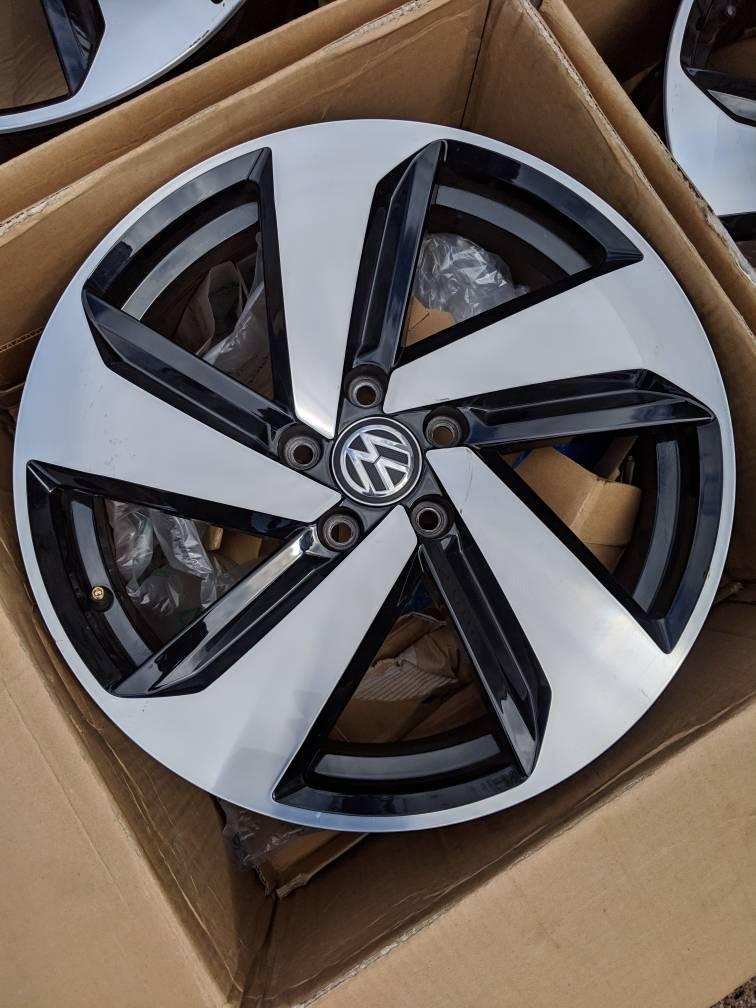 VWVortexcom 18x75 VW Dallas Wheels 400
