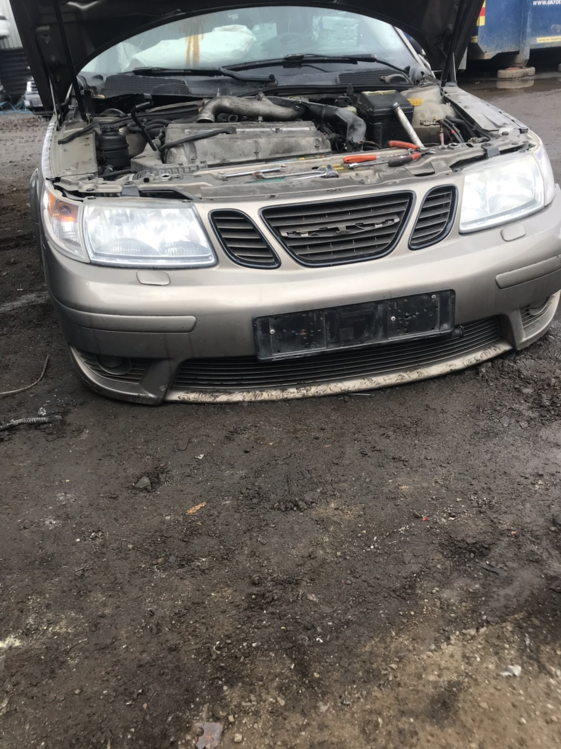 Saab 9-5 front - trionictuning com