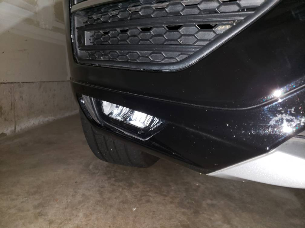 Fog light and front parking sensor loose