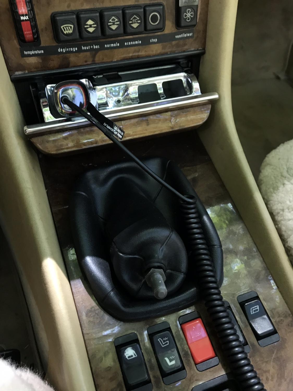 Genuine 5 Speed Gear Shift Knob Mercedes W124 1232671110