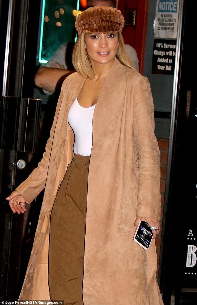 Jennifer Lopez - Σελίδα 35 5af83a105a87a78ab1d134ea1d1224f0