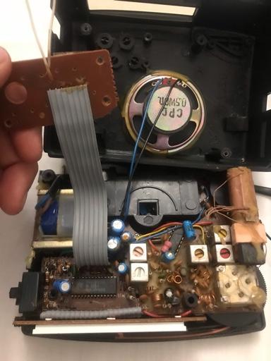 Reparar radio reloj despertador