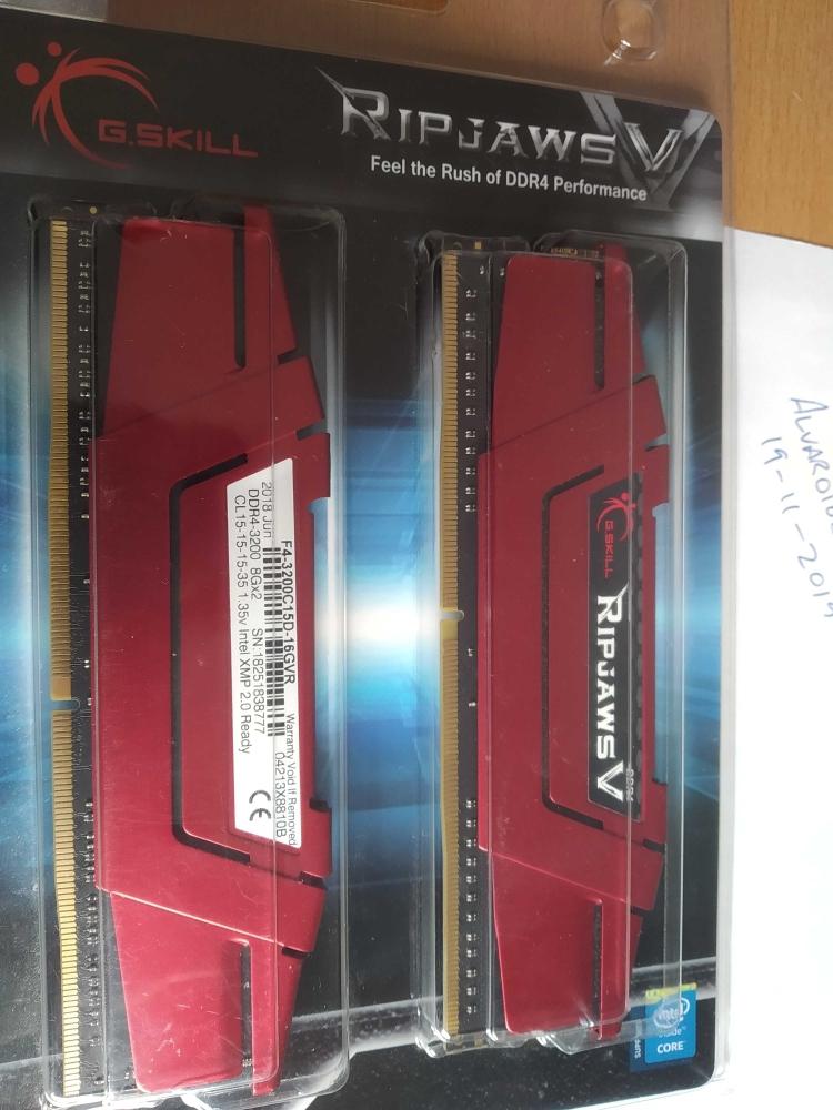 [VENDO] Memoria RAM 3200Mhz CL15 16GB (2x8GB)