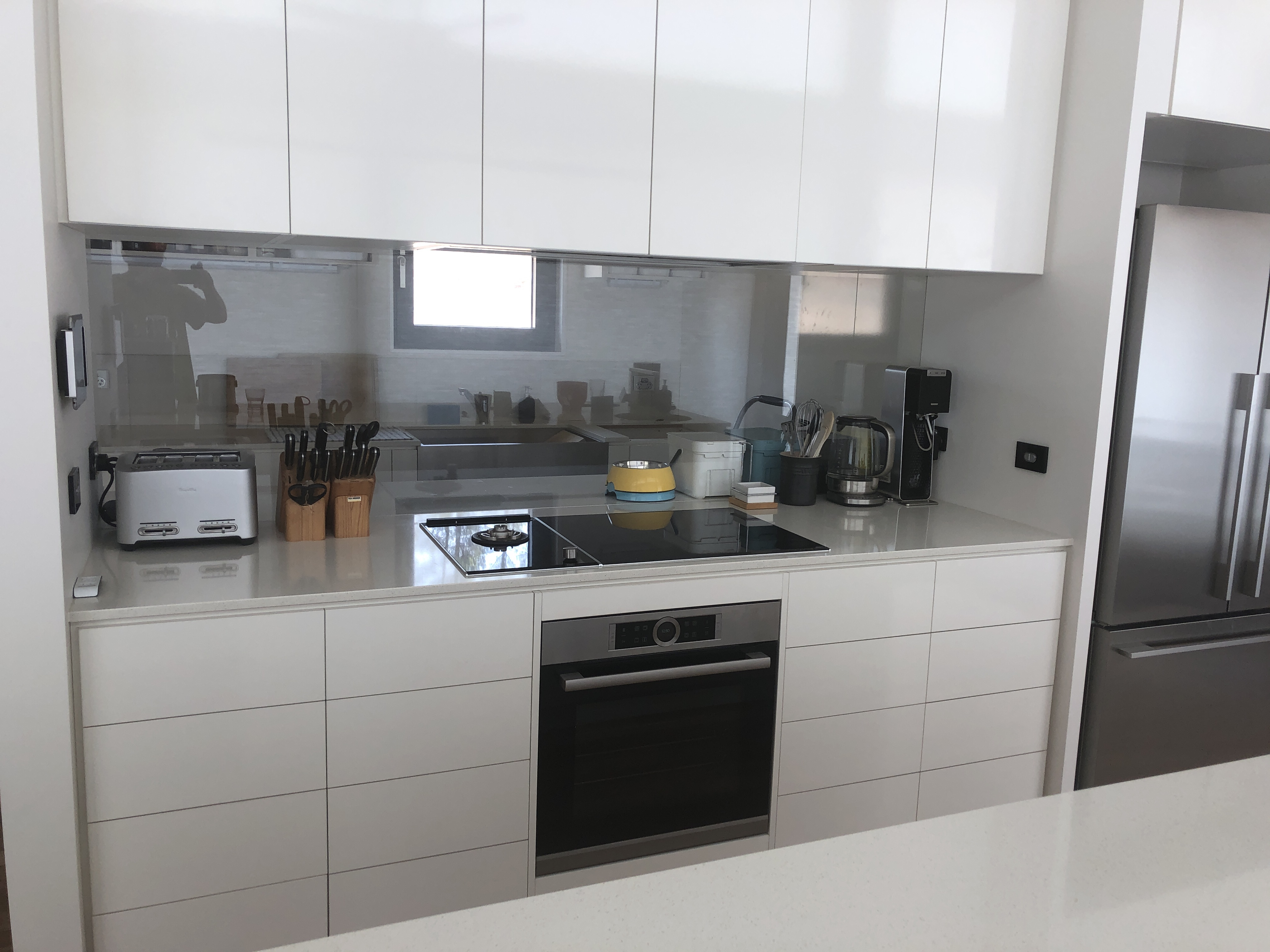 Is 700mm too tall for a splashback window?