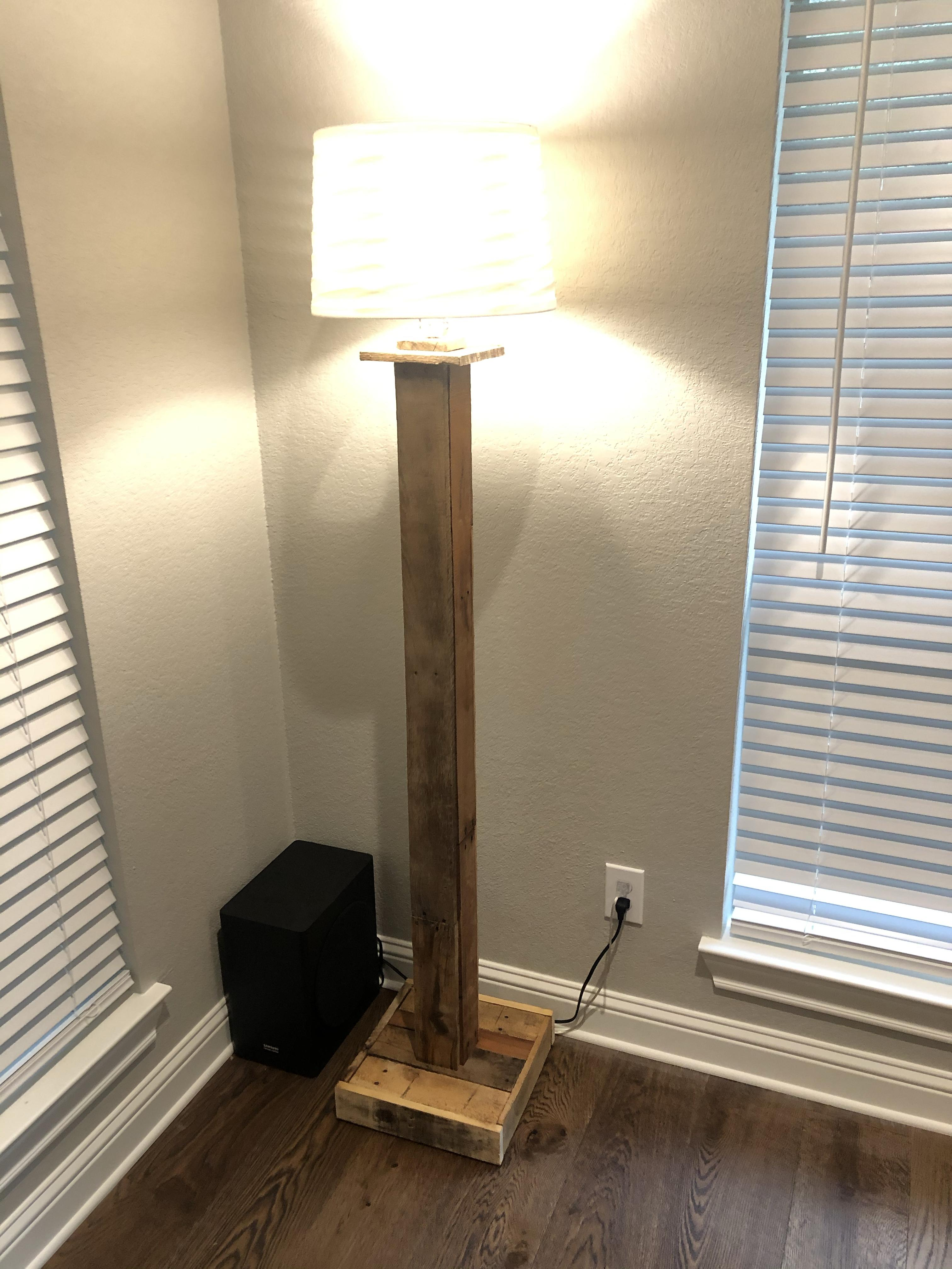 Pallet Wood Floor Lamp Texasbowhunter Com Community Discussion