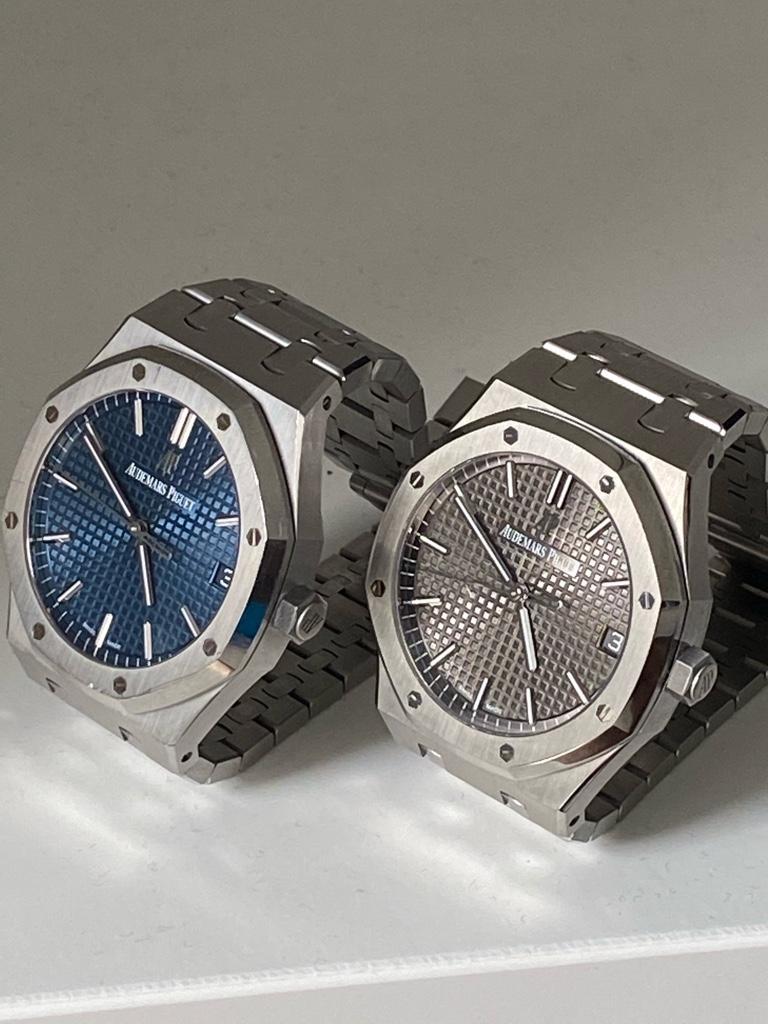 Gen VS ZF rep comparison: grey 15500 - Replica Watch Info