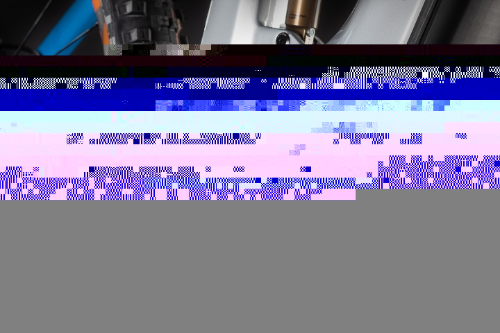 4cf7a14b620277be13bbb9920cc72894.jpg