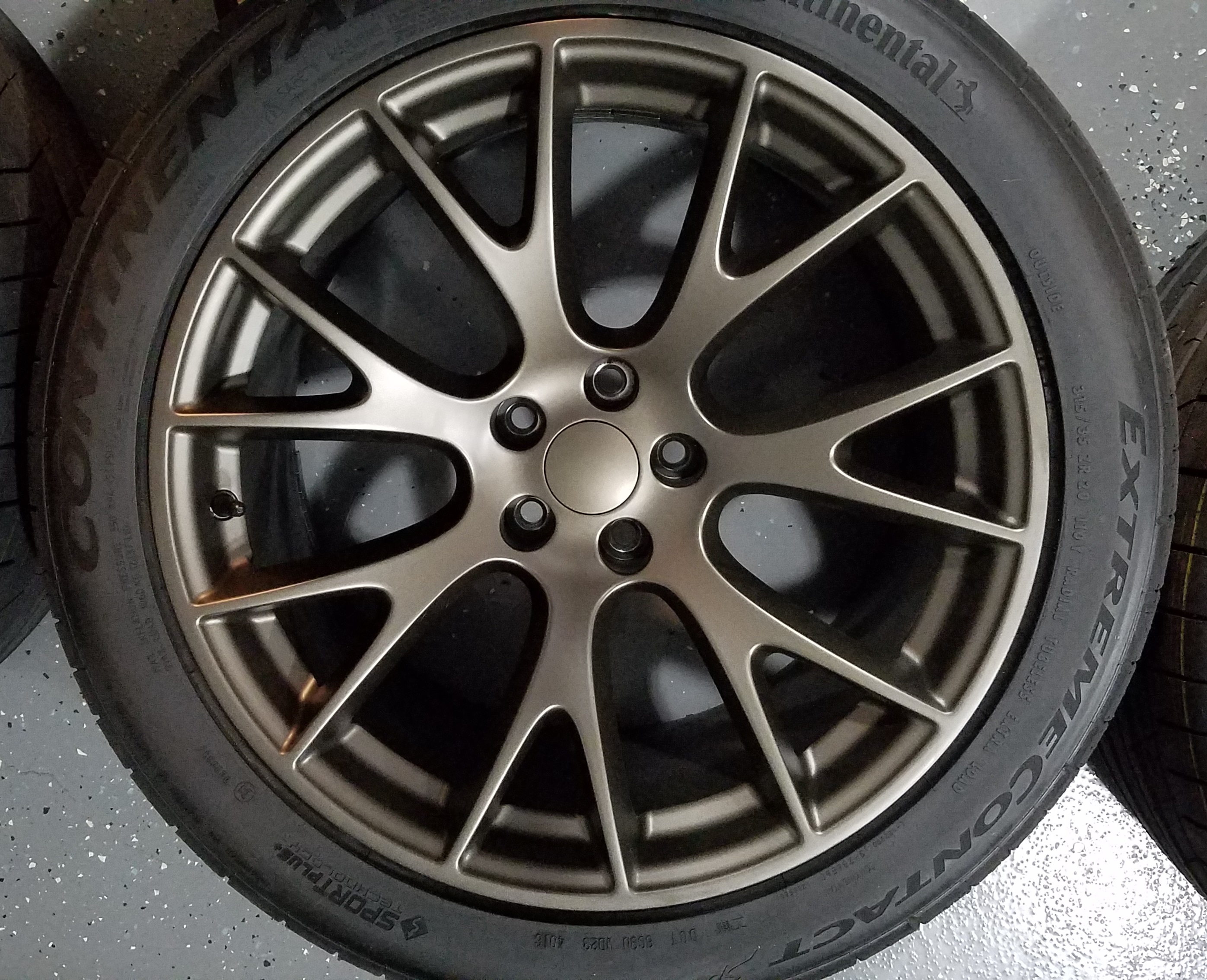 FOR SALE Barely used Hellcat replica 20x9.5/20x10.5 wheel ...