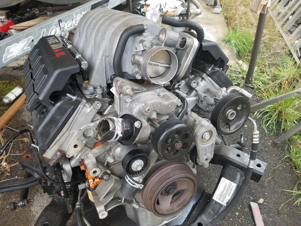 6.1 motor under 27k  very clean