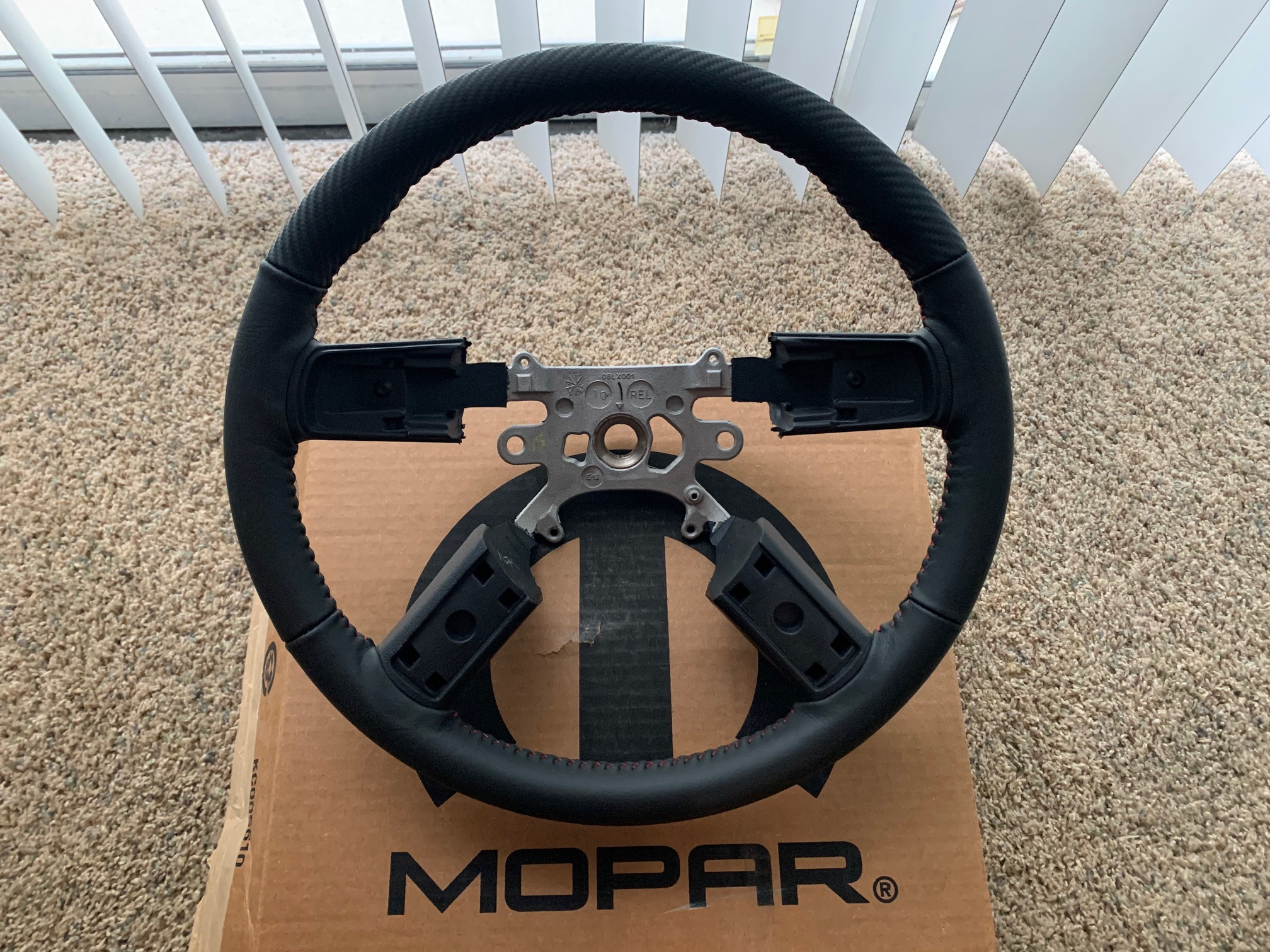 Brand New Mopar Carbon Leather Steering Wheel